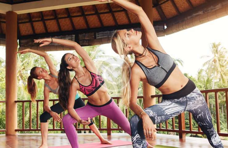 What You Should Wear to Do Yoga